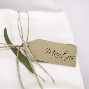 wedding-invitations-hang-tags-12