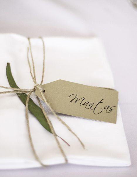 wedding-invitations-hang-tags-12
